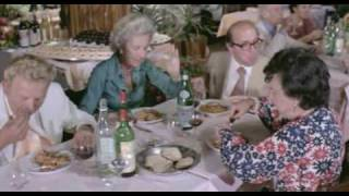 Alberto Sordi - Dove vai in vacanza - (episodio - Vacanze intelligenti!) - 1978