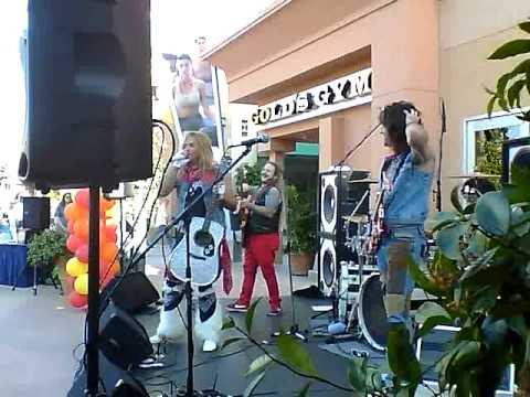 Fan Halen @ Janss Marketplace Thousand Oaks 07/31/13
