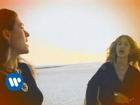 Ella Baila Sola - Cuando Los Sapos Bailen Flamenco [Official Music Video]