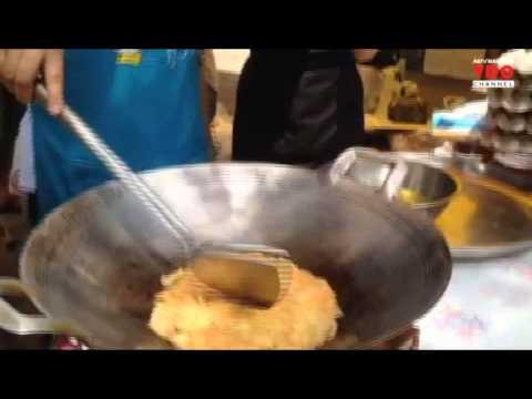 ฝ่าวิกฤติ ASTV : สาธิตวิธีการทำไข่เจียวด้วยน้ำมันมะพร้าว