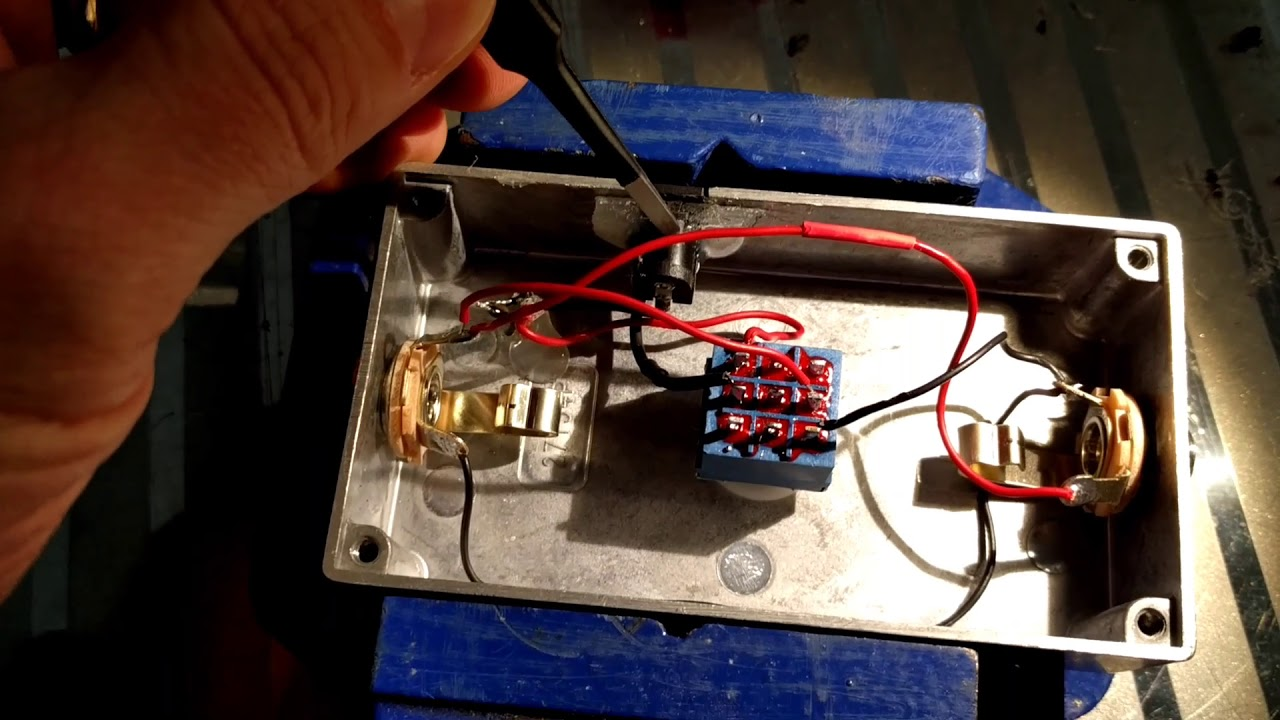 medium resolution of simple guitar pedal kill switch