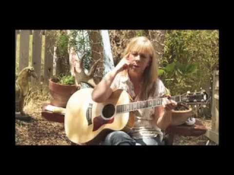 Rickie Lee Jones - Wild Girl - live w/interview. Video by Ian McCrudden, 2009.