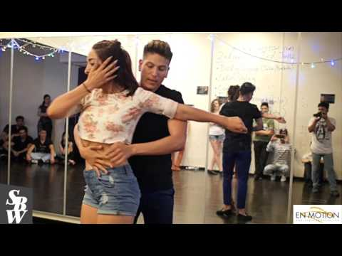 Bachata Demo By Alma Latina Pro Team & Alma Singapore
