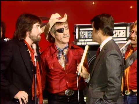 Dick Clark Interviews Dr. Hook - American Bandstand 1981