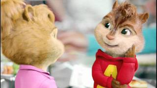 Repeat youtube video One Direction-What Makes You Beautiful Chipmunks and Chipettes Version((Makiki))
