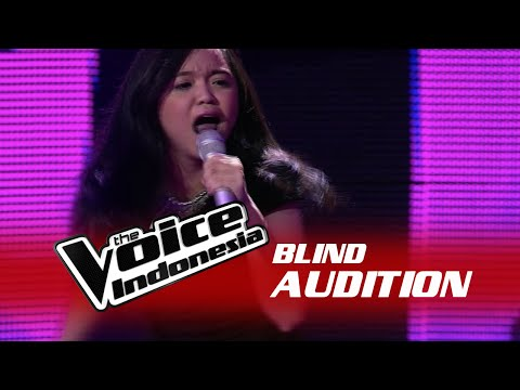"""Fitri Novianty """"Mama Knows Best"""" I The Blind Audition I The Voice Indonesia 2016"""
