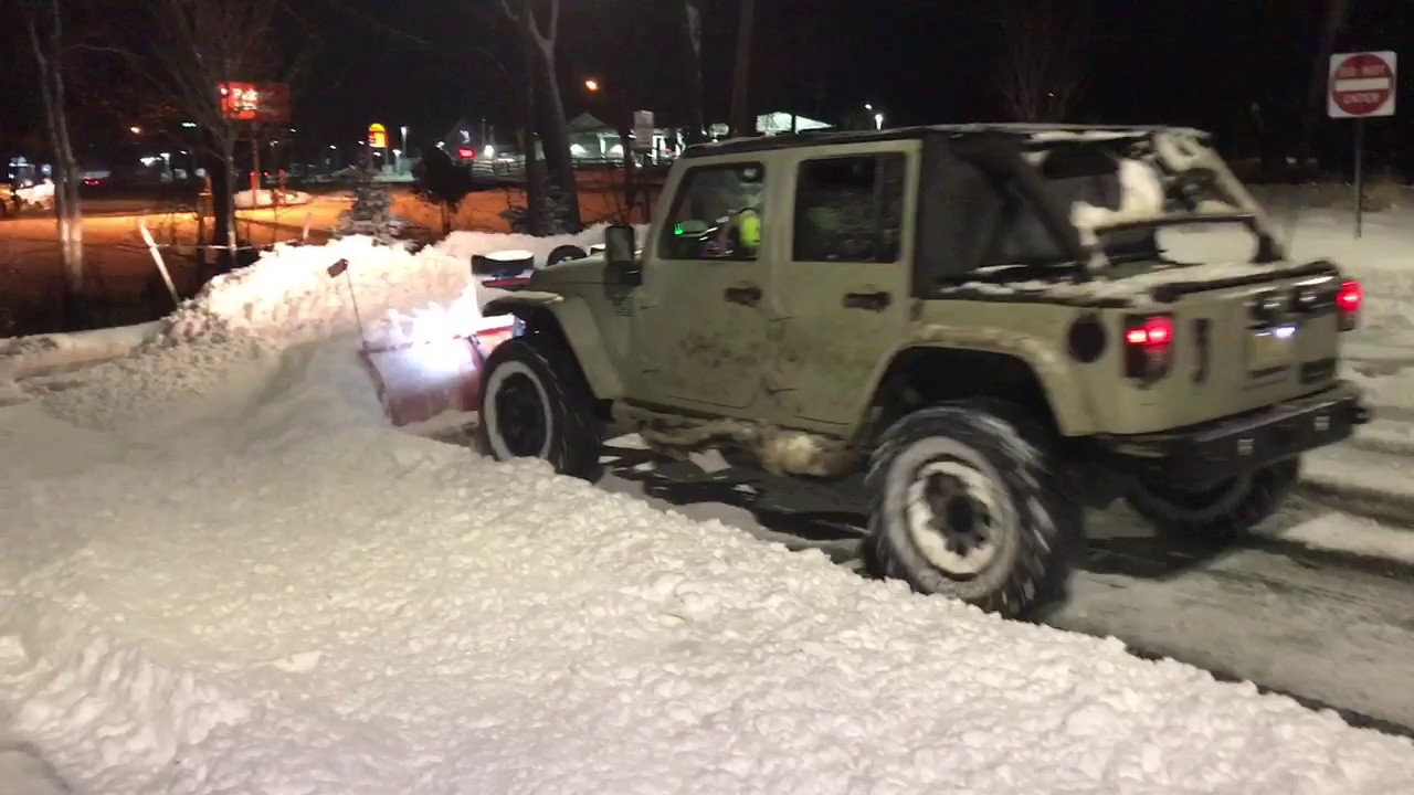 Jeep Wrangler Snow Plow >> Jeep Wrangler Unlimited with Western Plow HTS - YouTube