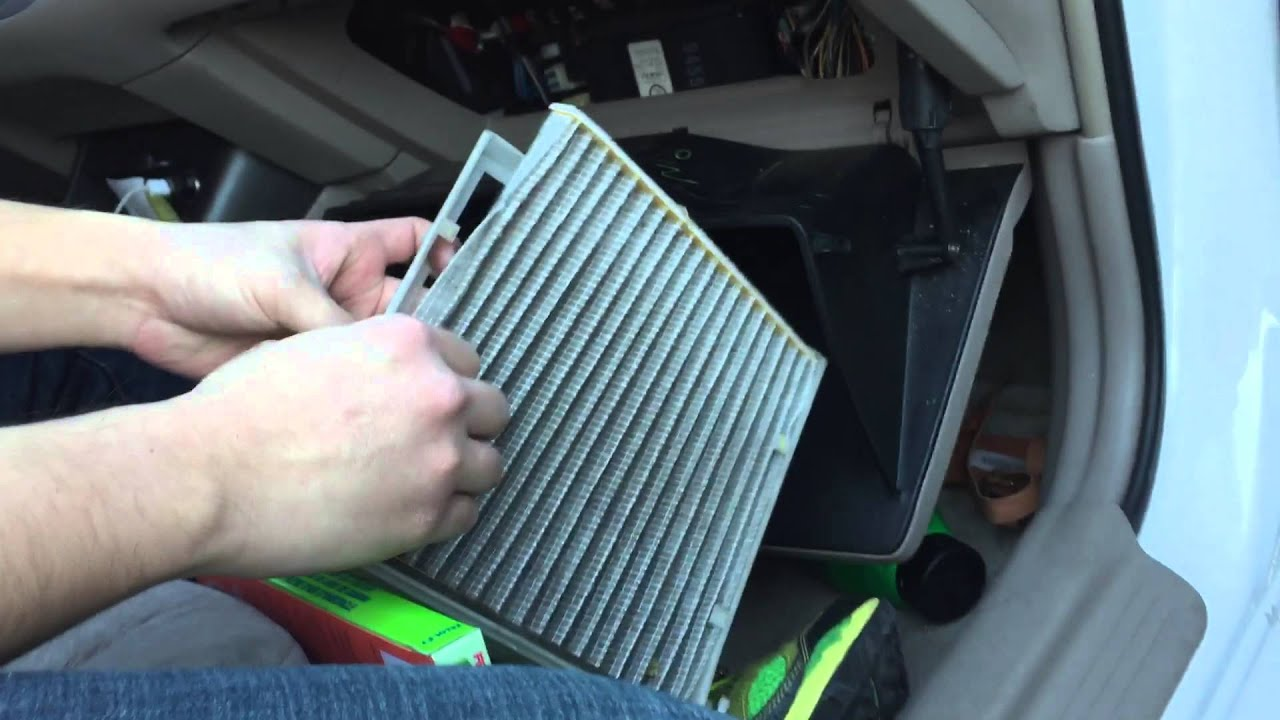 toyota camry in cabin air filter replacement diy 2002 2003 2004 2005 2006 youtube. Black Bedroom Furniture Sets. Home Design Ideas