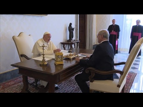 President of Peru visits the pope to officially invite him to the country