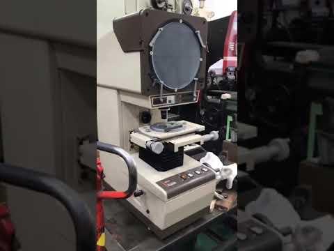ミツトヨ投影機PJ250H30108