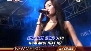 Download lagu New Metro Bukan Tak mu wedding TitisSulis kinjeng sugihrejo 2016 MP3