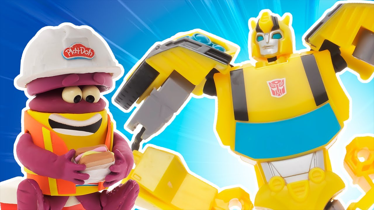 Bumblebee's Giant Robot Construction | The Play-Doh Show | Transformers Official