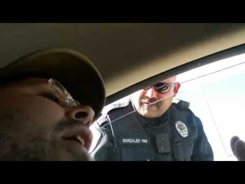 """Sovereign Citizen """"Traveler"""" Hands Over His Driver's License at Traffic Stop"""
