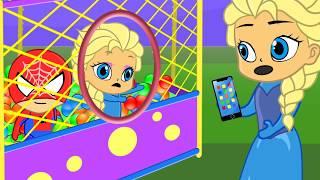 FROZEN Elsa Princess in Ball playground stop motion cartoon for kids