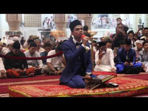 Merdunya Suara Muzammil Hasballah Di Resepsi Pernikahannya Youtube