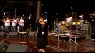 Lily Allen - Shame for you (Live) - T in the Park festival 2007