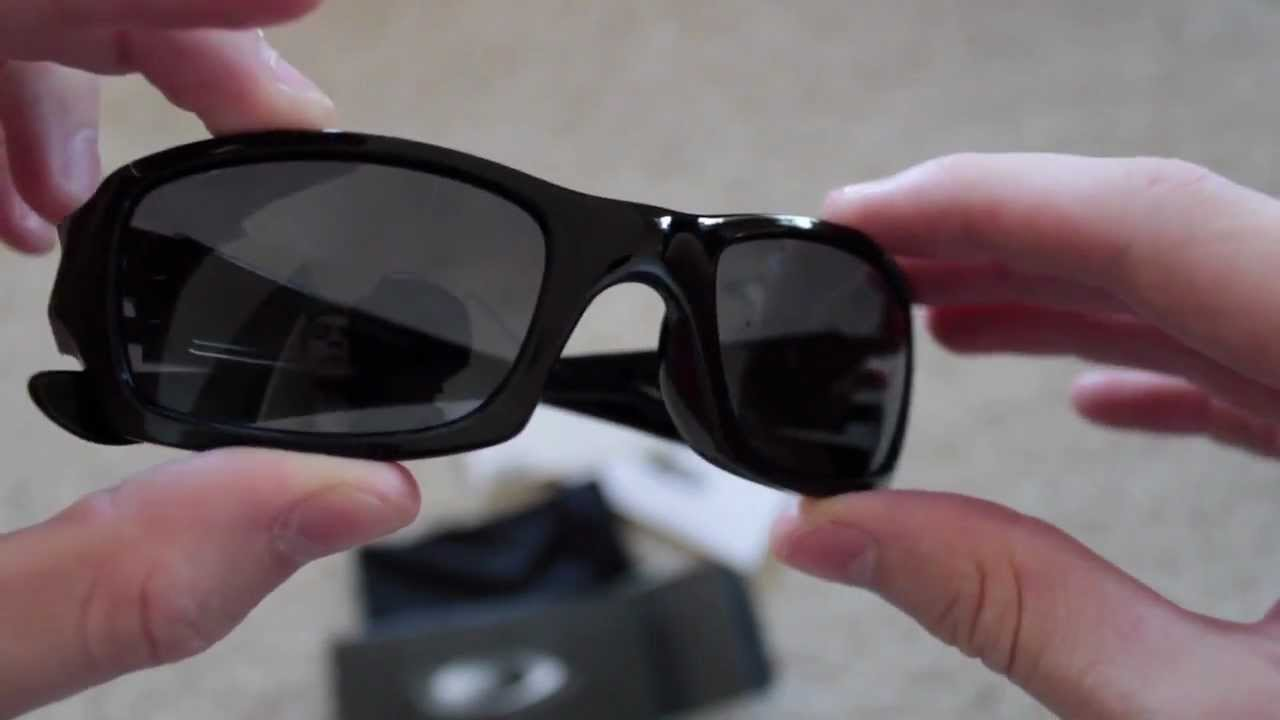 6a09253f4d Unboxing  Oakley Fives Squared Glasses - YouTube