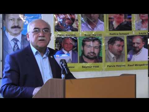 Musavat Lideri Siyasi Mehbuslara hesr olunmush Deyirmi Masada cixishi zamani.25.08.2015.