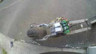 teste trottinette électrique fait maison avec alternateur en moteur