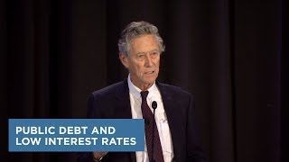 Public Debt and Low Interest Rates