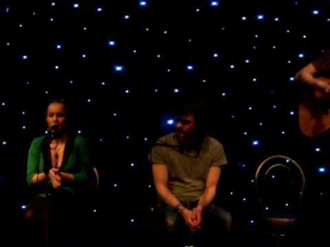 Roddy Woomble, Heidi Talbot, Kris Drever - Irvine Magnum Centre