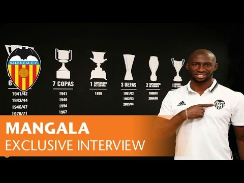 VALENCIA CF| THE NEW VALENCIA CF PLAYER GIVES HIS FIRST INTERVIEW
