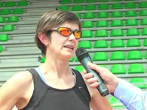 Intervista a Elisabetta Perrone