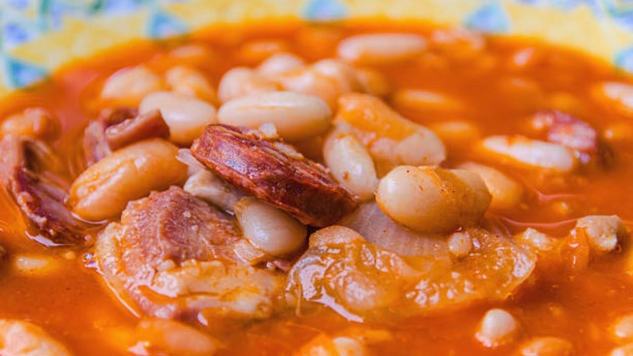 Habichuelas Con Chorizo Youtube