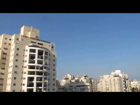 Alarm And 3 Explosions From Holon Israel 10.7.2014