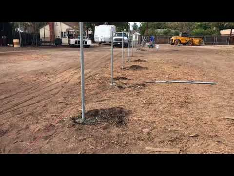 installing-a-chain-link-fence