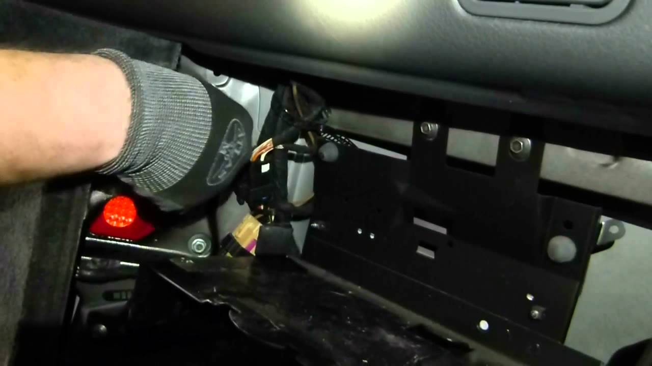 How To Replace Tail Light Bulb Audi Allroad A6 Avant