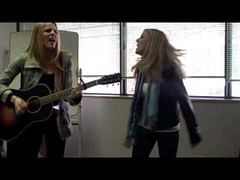 QDR Acoustic Cafe: Kate and Kacey