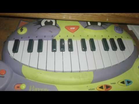 Darude - Sandstorm Cat Piano Cover