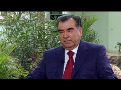 """euronews interview - Presidente Tagikistan a euronews """"democrazia in paesi ex sovietici è un sogno"""""""
