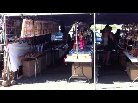 Places to Go on Oahu - Swap Meet at Aloha Stadium
