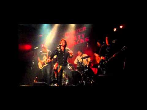 Smoking Gun by Hunter & The Dirty Jacks live at Harvelle's