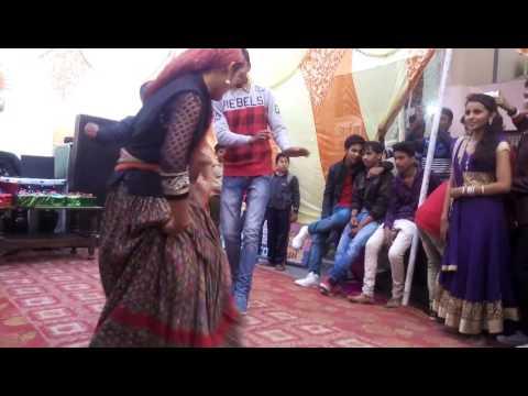 O sahiba Garhwali song by Meena Danu 31 dec at VIDHYARTHI BANDHU Haldwani