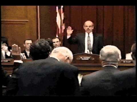 Tobacco Executives Take Oath