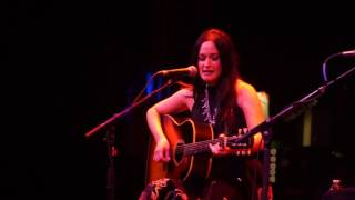 "Video Kasey Musgraves ""Little Pieces Of Plastic"" download MP3, 3GP, MP4, WEBM, AVI, FLV November 2017"