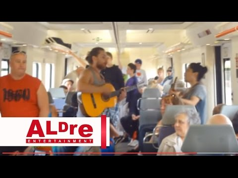 The big Train going to Barcelona, Singing with Guitar [HD]