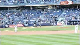 Yankees Fan Roll Call ヤンキースファン!!Bleacher Creatures !!!