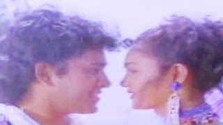Malayalam Film Song | Poomariyil Thenmariyil | Johnnie Walker | K J Yesudas,K S Chithra