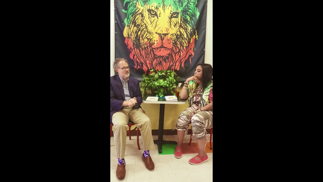 Gwen Interviews DEVAN AT iRIES & Bobas with Soul Central TV / Soul Central Magazine