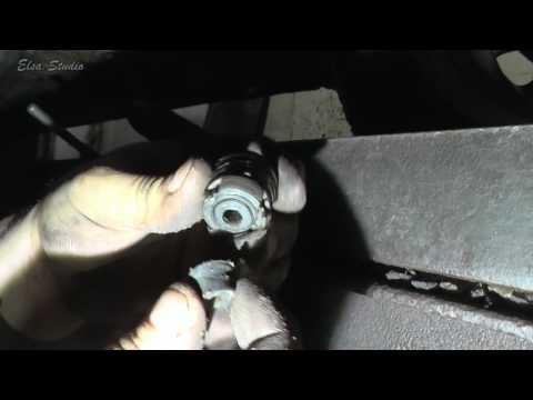 Замена стоек стабилизатора на Dacia Renault Logan