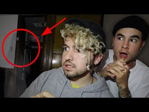 Overnight Challenge in Most Haunted Room - Queen Mary Ship (Room B340)