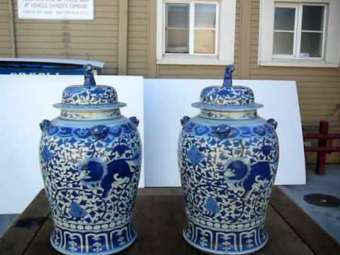 Pair Of Large Blue & White Figures Painted General Jar / Ginger Jar w449 from YouTube · Duration:  1 minutes 16 seconds
