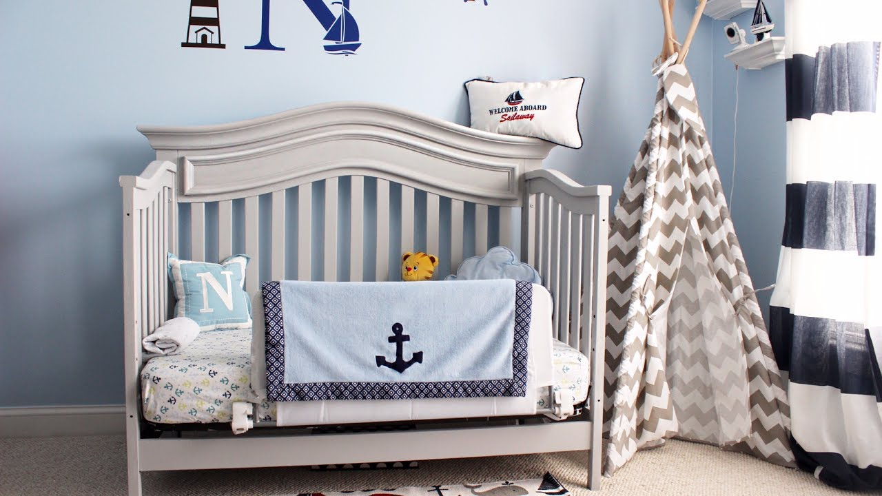 Chalk Paint Crib Makeover