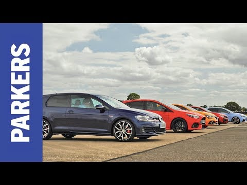 DRAG RACE: Civic Type R vs Focus RS vs Megane RS vs Golf GTI vs i30 N | Which is fastest?