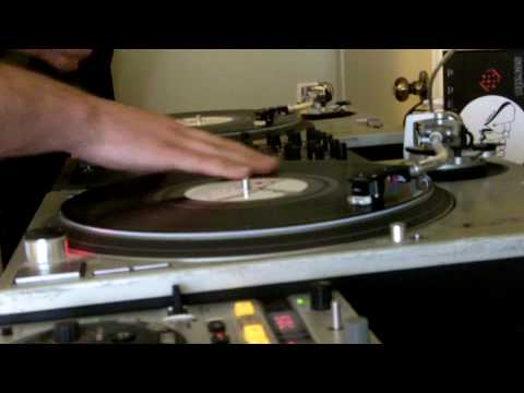 DJ Vick One mixing