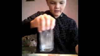 Как сделать светящуюся воду(Как сделать воду светящейся., 2014-09-20T14:42:12.000Z)